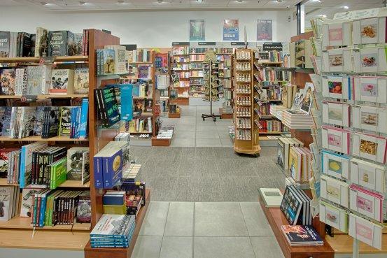 Knihkupectví Brno - interiér