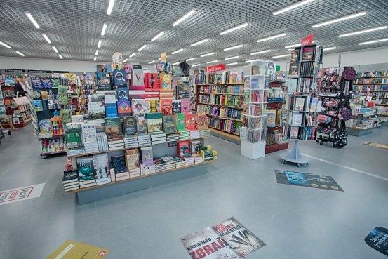 Knihkupectví Praha - Nové Butovice - interiér