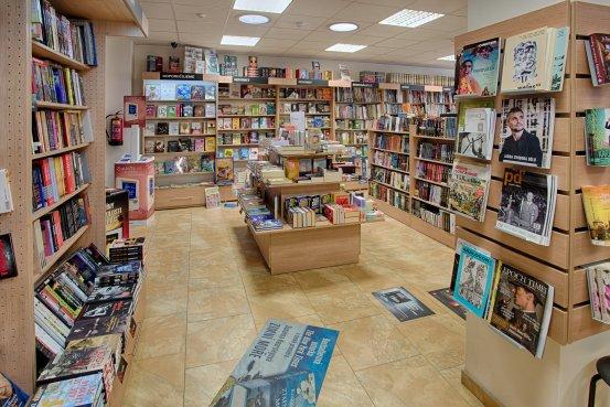 Knihkupectví Plzeň - Klatovská - interiér